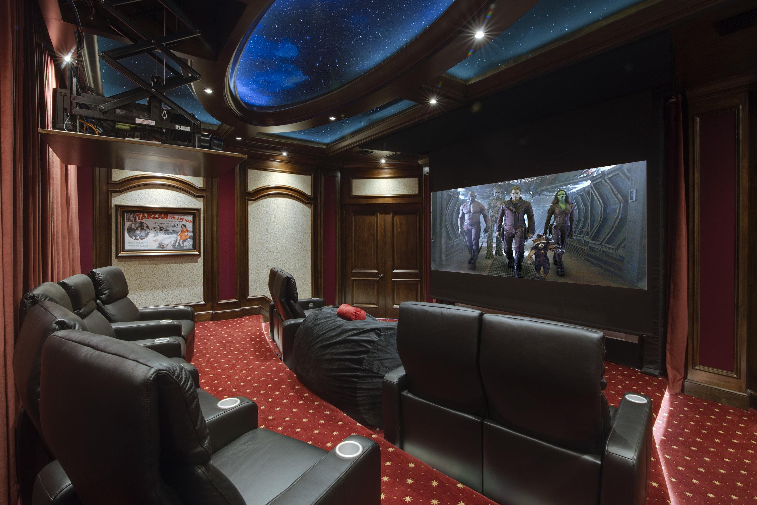 home theater golf simulator totalcare orlando. Black Bedroom Furniture Sets. Home Design Ideas